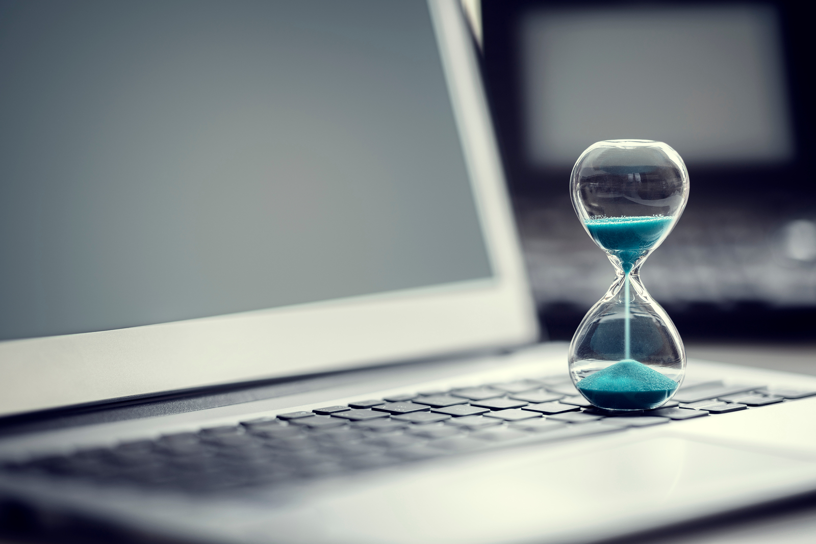 Why Copywriting Deadlines Work — and How to Use Them to Your Advantage
