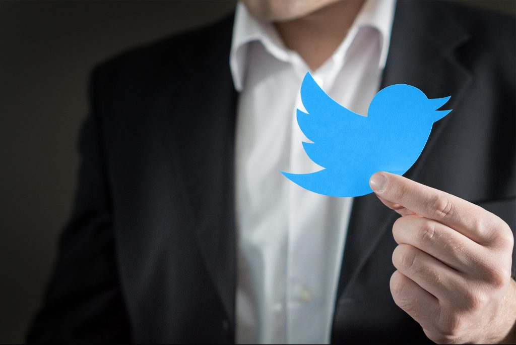 Five Ways to Land Copywriting Clients using Twitter