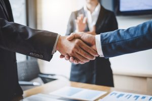 10 Ways to Land B2B Copywriting Clients Now